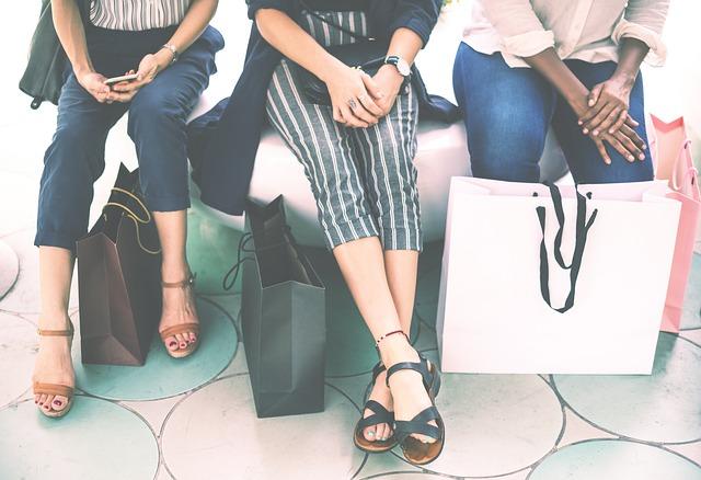 nohy a tašky