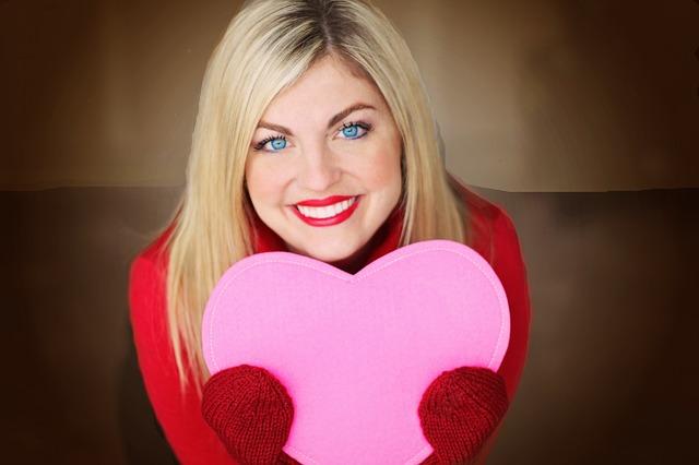 blondýna se srdcem